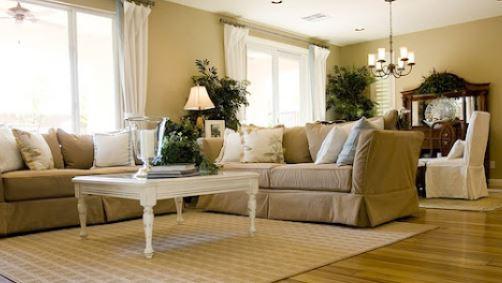 Simple Tips to Clean Rugs on Hardwood Flooring