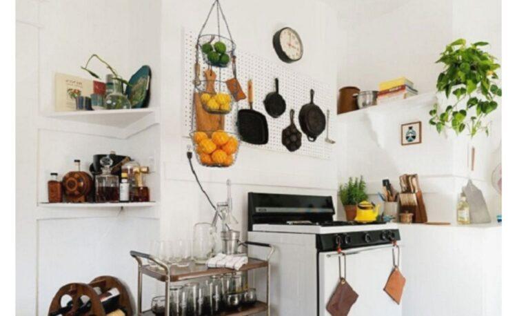 9 Small Kitchen Organization Tips