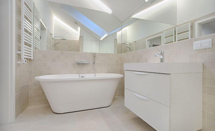 4 Inexpensive Bathroom Flooring Options