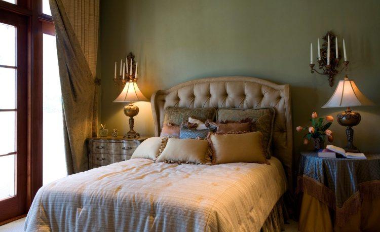 9 Guest Bedroom Essentials Must Have 1