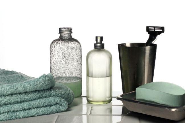 9 Guest Bedroom Essentials Must Have 3
