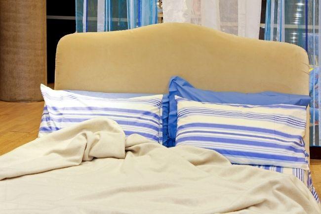 Blue Mediterranean Bedroom Design Ideas on Budget 5