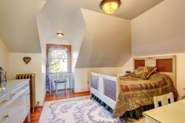 Best Small Bedroom Lighting Options
